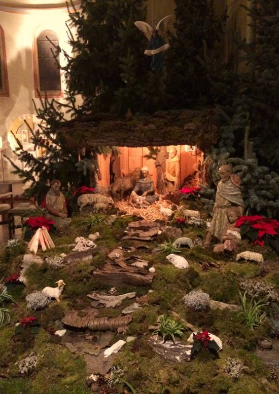 Weihnachtskrippe in St. Petrus (©NEZZUPPORT B. Natzke)